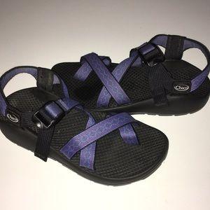 CHACO purple z/2 Colorado toe loop sandals 6